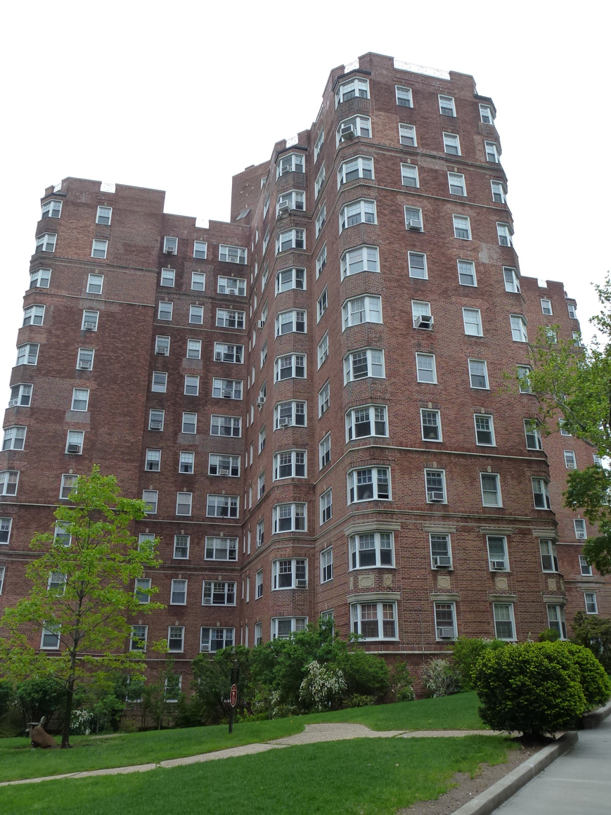 National Cooperative Bank Provides $55.3 Million for Castle Village Owners Corp. in Manhattan